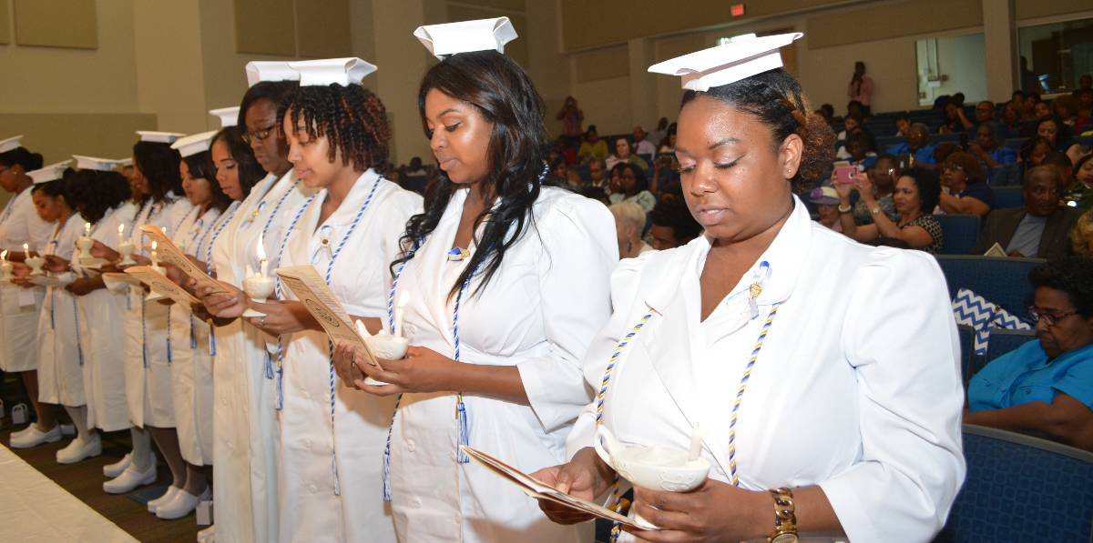 2016 Nurses Pinning Ceremony